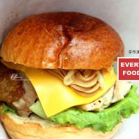 台北市美食 攤販 異國小吃 Everywhere Food Truck 手作食物車 照片