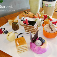 高雄市美食 餐廳 異國料理 多國料理 Cafe' de parfum 達頂咖啡 照片