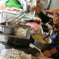 台南市美食 攤販 台式小吃 阿婆甜不辣 照片