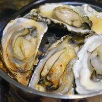 不用飛韓國就能吃到的【釜山珍妮佛‧韓國九層海鮮塔】!帝王蟹、龍蝦、扇貝...通通有!
