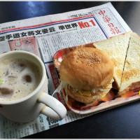 台南市美食 餐廳 速食 早餐速食店 哈利速食 照片