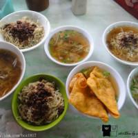 台南市美食 攤販 台式小吃 阿三意麵 照片