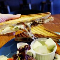 台中市美食 餐廳 異國料理 異國料理其他 Huku加州卷熱壓吐司 照片