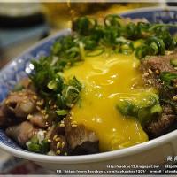 高雄市美食 餐廳 餐廳燒烤 串燒 燒鳥橫丁 照片