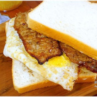 桃園市美食 餐廳 速食 早餐速食店 晨吉司漢肉排蛋吐司-桃園大業店 照片