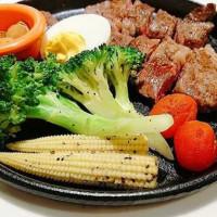 【桃園】NK牛排:南崁人氣牛排,來大口吃肉吧