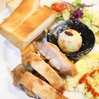 高雄市美食 餐廳 異國料理 多國料理 BeO2 cafe 照片