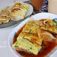 高雄市美食 餐廳 中式料理 左營大路九層塔肉粽蛋餅 照片