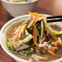 台中市美食 餐廳 中式料理 麵食點心 亞標牛肉麵 照片