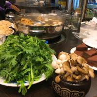 Hsu Hsiao Ching在阿忠羊肉店 pic_id=3062321