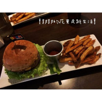 郭郭9527在Boom Burger pic_id=3217076