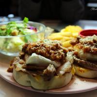 台北市美食 餐廳 異國料理 Freaks Café & Bistro 癮客餐酒館 / 誠品信義店 照片