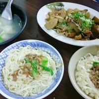 台南市美食 餐廳 中式料理 麵食點心 吳家麵店 照片