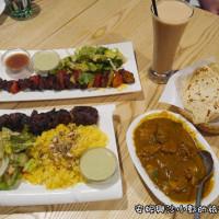 安妮與沙小郭在Arabian Nights中東創意BBQ料理 pic_id=4736080