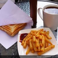 (新開店)口味多水準滿高的熱壓吐司 薯條也不錯哦-葛蕾思早午餐(Grace Brunch)@捷運中山國小站@晴光市場