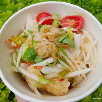 【中壢美食】林森路臭豆腐,顛覆傳統~泰式/蔥鹽新口味,絕不使用回鍋油
