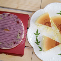 台南市美食 餐廳 烘焙 蛋糕西點 【彌月蛋糕推薦】台南起士公爵-純粹原味乳酪蛋糕+雪釀香芋乳酪蛋糕。因為愛!所以要選最好的!透過味蕾的悸動,將幸福、安心、美味和健康傳遞給每一位來為小寶貝祝賀的親友! 照片