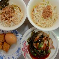 高雄市美食 餐廳 中式料理 小吃 阿婆雞肉飯 照片