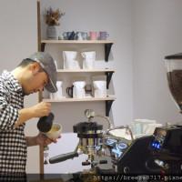 慵懶的貓咖啡Lazy Coffee|隱藏巷弄裡的咖啡香【台中市】