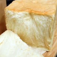 【台南吐司麵包】以勒專業手作烘焙 軟綿口感的極致 全製程不加一滴水 不用烤單吃超水潤