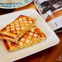許小巧在芽異精品咖啡 YAKI Specialty Coffee pic_id=5173691