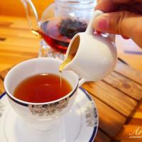 許小巧在芽異精品咖啡 YAKI Specialty Coffee pic_id=5173704