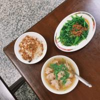 台北市美食 餐廳 中式料理 小吃 圓環魯肉飯肉羹 照片