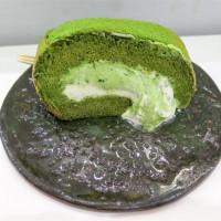 [食記][高雄市] 聊聊甜室 Honne Cake Studio -- 隱身鹽埕第一公有市場內的小小甜點店,享用甜點和暢聊的好地方。XD