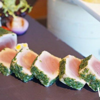 海鮮控、吃到飽控一起衝!雙北最高吃到飽自助餐「50樓Café」推出「黃鰭鮪魚吃到飽」,期間限定錯過就吃不到了。