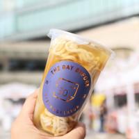 吃到High翻,台北12家最潮美食一次全制霸!金賓食尚節最後兩天,現場有50道多國料理,還有「頑童MJ116」登台嘻哈,就在台北市府捷運站。