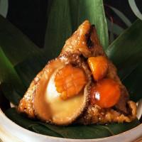 美食家一定會知道!台北萬豪酒店推出美食家、美食部落客激推「珠光寶氣福袋豬肚粽、先知鴨粽」搶攻端午商機,要讓端午節好拍又好吃。