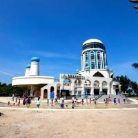 新竹人快衝!去年爆紅沙灘重新開放,就在新竹市南寮親子沙灘。