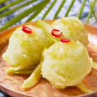 泰菜控真的要吃一波!台北喜來登SUKHOTHAI推出夏季新品「沁夏冰紛」泰式夏日小品集,芒果甜糯米一定不能錯過。