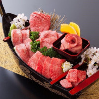 肉肉控整個六月都要吃!日本老字號「平城苑東京燒肉」強打推出「牛五花買一送一」,期間限定超高CP值優惠不能錯過。