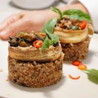 文青不能錯過的創意台菜!蔬食餐廳「本食BUNSHI」插旗微風台北車站,超過27000種套餐讓養生控怎麼吃都吃不膩。