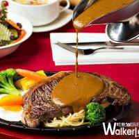 台式牛排控一定要知道!誰說五星級飯店沒有「台式牛排」,台北君悅酒店Cheers歡飲廊推出期間限定復刻經典台式鐵板牛排。