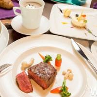台中美食控先搶!台中金典酒店「2019台灣美食展」推出最高CP值餐券、住宿券,再加碼現場限定餐券買十送一。