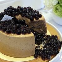 搶攻珍珠控必吃清單!台北晶華集合館內餐廳推出「全民瘋珍珠‧粉圓嘉年華」,要用最有創意的「珍珠甜點」討珍珠控歡心。