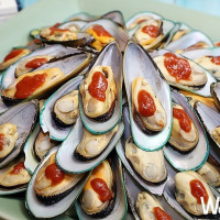 台中海鮮控一定要吃!台中林酒店「森林百匯」吃到飽餐廳推出「夏日海洋季」吃到飽活動,要用澎湃海鮮創意料理搶攻必吃清單。