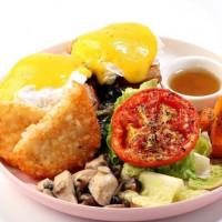 蘆洲早午餐控一定要知道!蘆洲「草尼馬=ALPACAFE=」早午餐全新開幕,要用高檔食材平價入口搶攻早午餐控必吃清單。