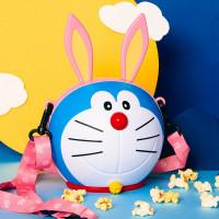 哆啦A夢的耳朵回來了!威秀影城獨家推出「哆啦A夢月兔爆米花桶」,超萌粉紅兔耳朵一秒讓粉絲尖叫。