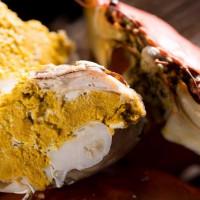 老闆們的聚會口袋名單!頂鮮擔仔麵台北101店打造出老闆們最愛「蟳味蟹宴」,要用頂級秋季限定料理搶攻老闆們的必吃名單。