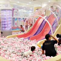 中和爸媽一定要知道!全新升級「建築樂園-夢想城體驗館」7大夢幻主題設施,挑戰中和最浮誇遛小孩首選。
