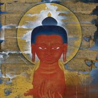 用藝術體悟生命的價值!丹之寶藝廊推出不丹當代藝術之父訶莎.卡瑪海外首展《行雲鎏光》,引領觀者走進佛陀之心。