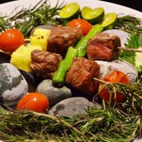 挑戰最頂級吃到飽控的口袋名單!君品酒店雲軒西餐廳推出期間限定「雲軒沖繩美食節」,要用長壽之島的健康好食材征服老饕的胃。