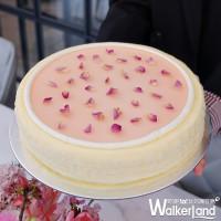 甜點控這次不用套濾鏡!Lady M首度推出粉色系「櫻花莓果千層蛋糕」,再加碼快閃SOGO限定口味搶先曝光。