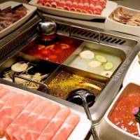 堪稱桃園人的美食天堂「統領廣場」試營運!31間超人氣美食插旗桃園,吃到飽、原燒燒烤通通5折。