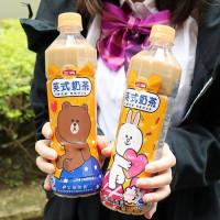 奶茶控先記小本本!立頓 x LINE FRIENDS 聯手推出「萌萌噠午茶限量瓶身」,再加碼LINE FRIENDS午茶派對提袋。