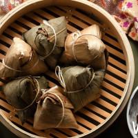 錯過再等一年吧!台北國賓大飯店推出老饕必吃客家風情「國賓御品雙味粽禮盒」,懂得品味的老饕一定會搶。