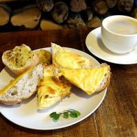 台東縣美食 餐廳 烘焙 麵包坊 曙光森林窯烤麵包 照片